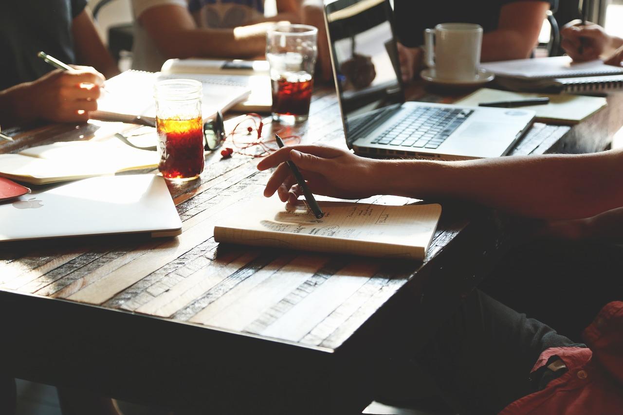 従業員の満足度アップを目指すオフィスの改善ポイント