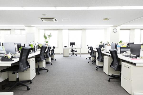 オフィスを働きやすい環境に改善!執務室レイアウトのコツ
