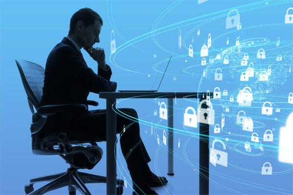会社で起こりうる情報漏洩の原因と取り組むべき予防方法